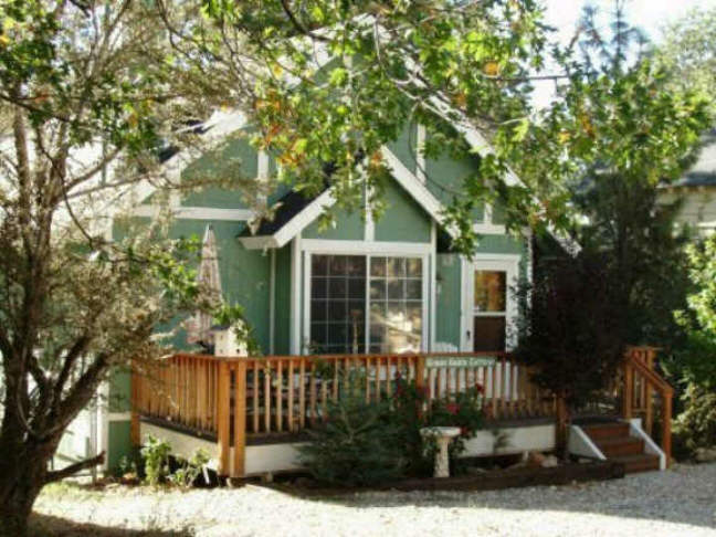 Greengablecottage big bear cabin for rent for Cabins to rent in big bear