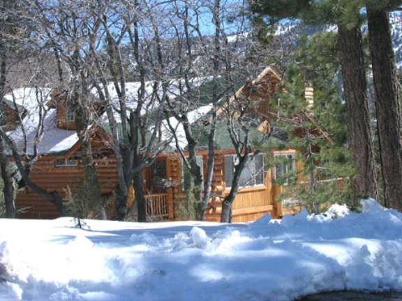 Moonlightmanor big bear cabin for rent near boulder bay for Big bear village cabins