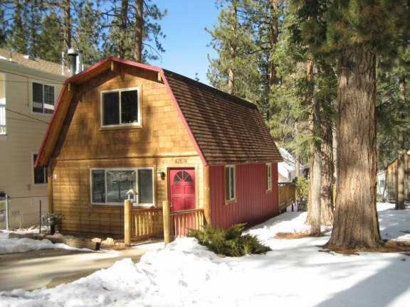 Redbear big bear cabin for rent for Cabins to rent in big bear